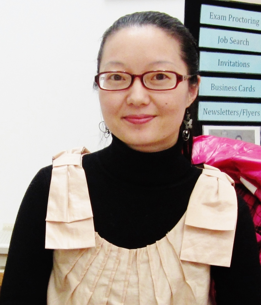 Lan Hu, Yorkville's New Registrar, is Honoured by the Asian Heritage Association