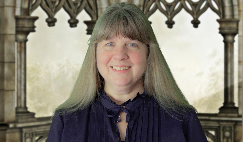 Headshot of Lorna Chapman